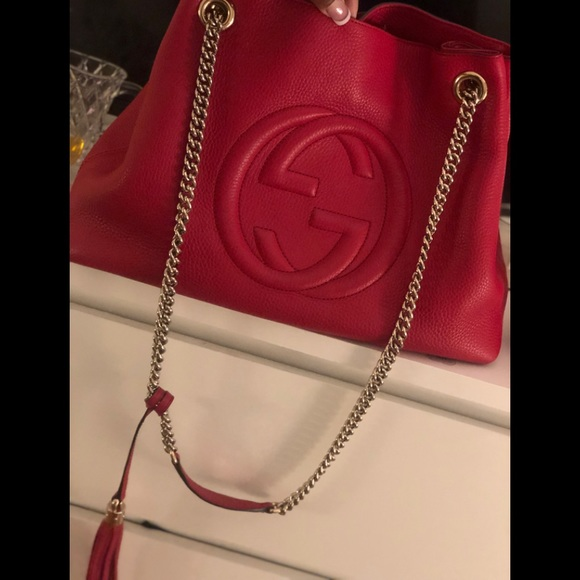 Gucci Handbags - GUCCI SOHO CHAIN RED LEATHER